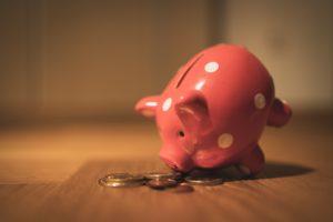 count coins piggy bank